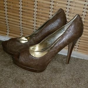 JustFab Brown Textured Platform Peeptoe Heels